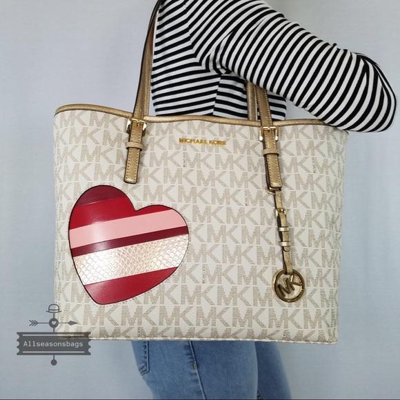 aebf635e0394 Michael Kors Bags | Jet Carryall Tote Vanilla Hearts Nwt | Poshmark
